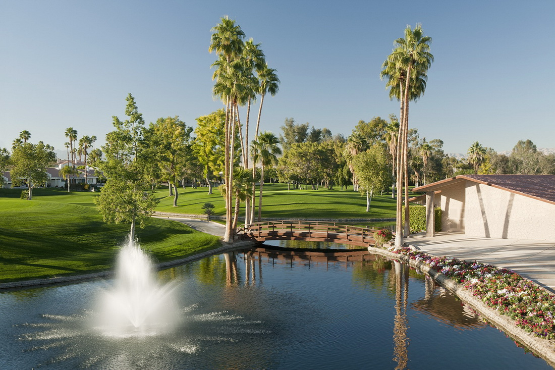 Avondale Golf Course in Palm Desert